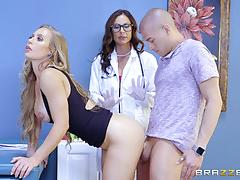 Cock craving beauties nicole aniston and kendra lust