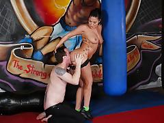 Fit asian london keyes takes a length at the gym