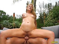 Kinky lady in red shauna skye pussy slammed outdoors
