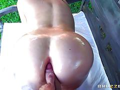 Big ass blonde alena crofts fucked in her butthole