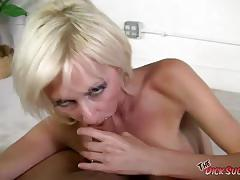 Blonde torrey pines sucking hard cock