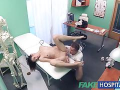 Thief fucked by doctor