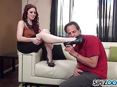 Spunking on the face of kinky jessica ryan