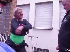 Biker mutti wird durchgefickt von fremden auf ihrer tour