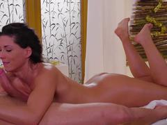Relaxxxed - hot oily massage and sensual christmas fuck
