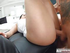 Sensual babes fucked in threesome