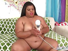 Chubby black girl and her dildo