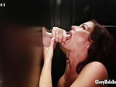 Gloryhole cock sucking veronica avluv