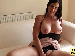 Sumptuous babe masturbating