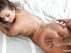 Babe keisha grey teases and fucks