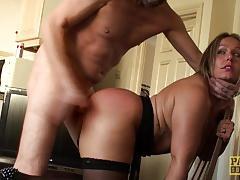 Raunchy amateur gets her pussy slammed