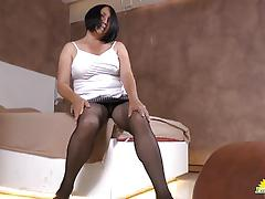 Mature latina masturbating
