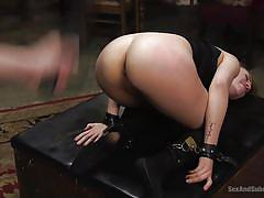 Blonde babe enjoying a kinky submissive fuck