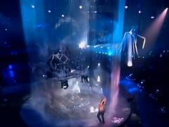 Britney spears getting ver, very wet !!!