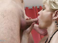 Blonde milf has a thing for inexperienced guys and hard cocks