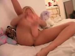 Violet's monster squirt