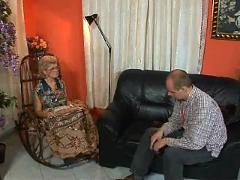 Granny effie get assfucked by tv repairman troia