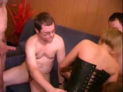 German privat amateurs group sex...bmw