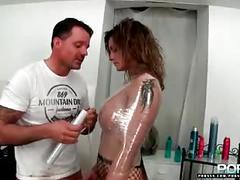 Pornxn klarissa leon goes to the fisting barber
