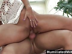 Humiliatedmilfs horny milf sucks off toyboy shaft