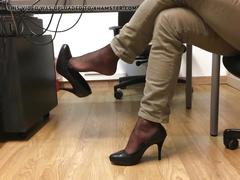 foot fetish, hd videos, high heels, nylon, at the office, dangling, office, office heels