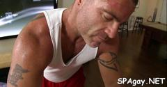 Cock hungry dude gets more than a regular massage