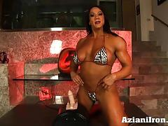 Huge fit amber rides the sybian in a bikini