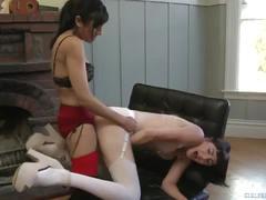 Beretta james and ladie lune strapon fuck - girlfriendsfilms