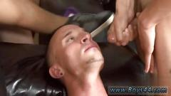 Nasty homo loves that juicy jizz all over his face