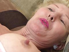 Mature clit slit playing dalgny marga