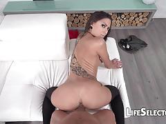 Hot brunette cassie drains a fat dick
