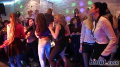 Foxy bimbos get nailed at the club