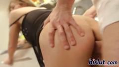 Hardcore anal session with a slim stunner