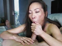 Beautiful asian oral blowjobs....