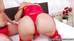 Beautiful tranny juliana noguiera in ass to mouth sex with a stud