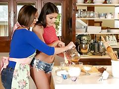 Adria rae joins kendra lust to cook up something tasty