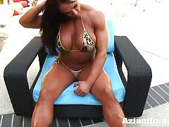 Sexy amber crushes her pussy with huge dildo