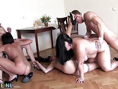 Mature amateurs enjoy group fuck