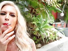 Blonde brooke brand smoking hot solo masturbation