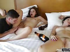 Xfrozen - crazy and hot sex in the bed with a lusty step-sister rhaya shyne part 1