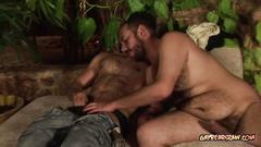 Hairy bear jay enjoys a blowjob