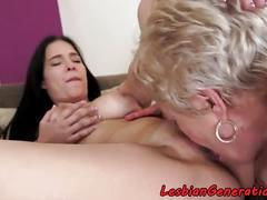 Bigtit beauty pussylicked by mature chick