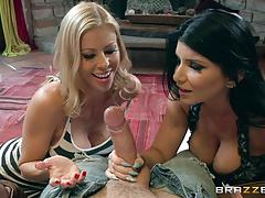 Cum swapping mature hotties alexis fawx and romi rain