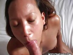 Asian babe ucking that cock until the cream starts