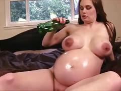 Super sexy pregnant milf
