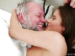 Older man slides his dick deep into anita bellini