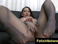 Kinky ashton monroe loves to tease