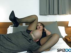 Kinky zoe doll spunked in her mouth after hard fuck