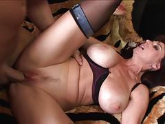 Milf karen kougar takes it deep in her muffhole