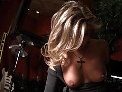 Milf rides her sybian hard till she cant stop cumming